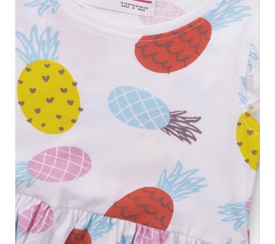 Кокетна рокличка с къси ръкави с плодчета