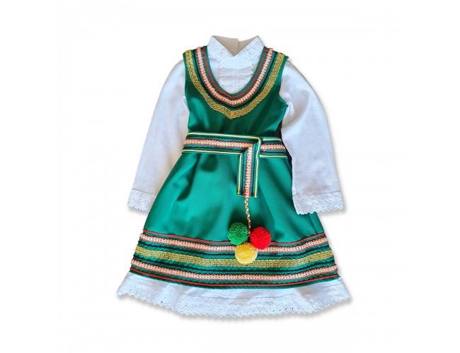 Народна носия за момиче зелена